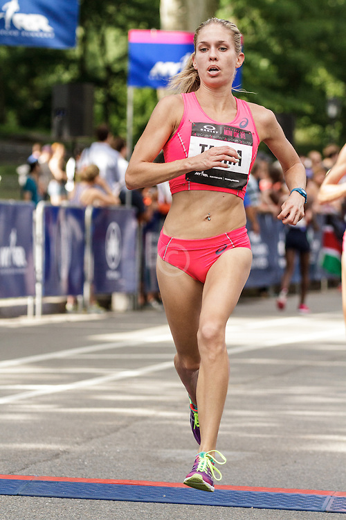 NYRR Oakley Mini 10K for Women: Natasha Wodak, Canada, asics,