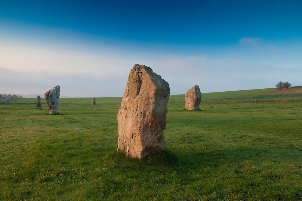 April 2011 - Wiltshire - Tne Great Stones Way with words by Chris Hatherill and Pics by Steve Morgan Avebury Stones in Wiltshire and landscape around