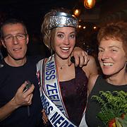 Verkiezing Miss Nederland 2003, met vader