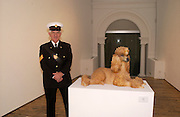 Commissionaire: Ken Clarke with Jeff Koons poodle. Group exhibition on the subject of animals. Haunch of Venison Gallery. 23 June 2004. SUPPLIED FOR ONE-TIME USE ONLY-DO NOT ARCHIVE. © Copyright Photograph by Dafydd Jones 66 Stockwell Park Rd. London SW9 0DA Tel 020 7733 0108 www.dafjones.com