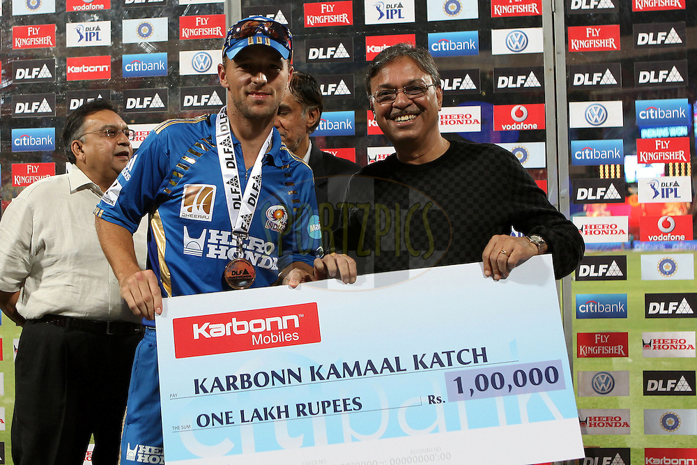 Davy Jacobs is awarded the Karbonn Kamaal Katch award during match 8 of the the Indian Premier League ( IPL ) Season 4 between the Royal Challengers Bangalore and the Mumbai Indians held at the Chinnaswamy Stadium, Bangalore, Karnataka, India on the 12th April 2011..Photo by Ron Gaunt/BCCI/SPORTZPICS