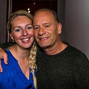 NLD/Amsterdam//20170420 - Premiere Slippers, Ron Boszhard en partner Emilie Rozenga
