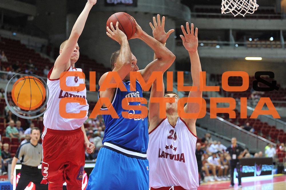 DESCRIZIONE : DANZICA POLONIA TORNEO INTERNAZIONALE SOPOT BASKET CUP Lettonia Italia<br /> GIOCATORE : marco cusin<br /> CATEGORIA : passaggio<br /> SQUADRA : Nazionale Italia Maschile<br /> EVENTO : TORNEO INTERNAZIONALE SOPOT BASKET CUP<br /> GARA : Lettonia Italia<br /> DATA : 03/08/2012<br /> SPORT : Pallacanestro<br /> AUTORE : Agenzia Ciamillo-Castoria/M.Gregolin<br /> Galleria : FIP Nazionali 2012<br /> Fotonotizia :  DANZICA POLONIA TORNEO INTERNAZIONALE SOPOT BASKET CUP Lettonia Italia<br /> Predefinita :