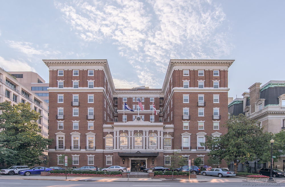 Architectural image of the University Club in Washington DC by Jeffrey Sauers of Commercial Photographics, Architectural Photo Artistry in Washington DC, Virginia to Florida and PA to New England