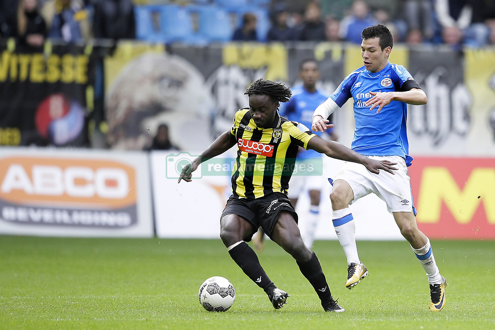 (L-R)  Fakaty Dabo of Vitesse, Herving Lozano of PSV during the Dutch Eredivisie match between Vitesse Arnhem and PSV Eindhoven at Gelredome on October 29, 2017 in Arnhem, The Netherlands