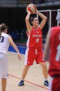 DESCRIZIONE : Latina Basket Campionato Italiano Femminile serie B 2011-2012<br /> GIOCATORE : Marzia Tagliamento<br /> SQUADRA : College Italia<br /> EVENTO : College Italia 2011-2012<br /> GARA : Cestistica Latina College Italia <br /> DATA : 09/12/2011<br /> CATEGORIA : passaggio<br /> SPORT : Pallacanestro <br /> AUTORE : Agenzia Ciamillo-Castoria/GiulioCiamillo<br /> Galleria : Fip Nazionali 2011<br /> Fotonotizia :  Latina Basket Campionato<br /> Italiano Femminile serie B 2011-2012<br /> Predefinita :