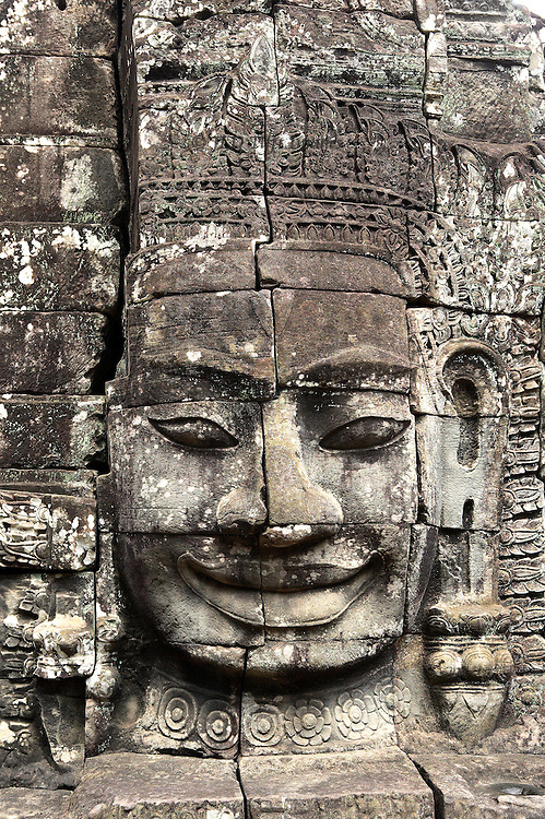 Angkor Thom: Bayon, gigantic heads on the temple towers
