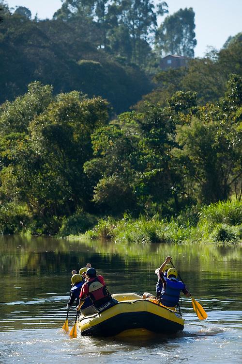 Extrema_MG, Brasil...Rafting no Rio Paraguacu...Rafting in the Paraguacu river...Foto: BRUNO MAGALHAES /  NITRO.