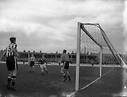28/03/1954<br />