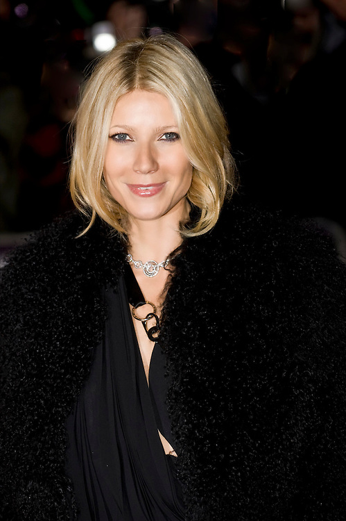 "London Oct 20th Gwyneth Paltrow arrives at the premiere of ""Two Lovers"" at the BFI 52nd London Film Festival held at the Odeon West End..***Licence Fee's Apply To All Image Use***.XianPix Pictures  Agency  tel +44 (0) 845 050 6211 e-mail sales@xianpix.com www.xianpix.com"