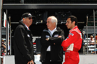 Helio Castroneves, Rick Mears, Roger Penske, Indianapolis 500, Indianapolis Motor Speedway, Indianapolis, IN  USA  5/24/08