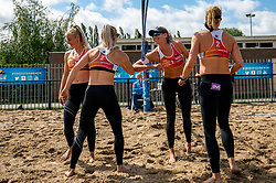 Hester Jasper, Marrit Jasper, Sanne Keizer, Madelein Meppelink in action. From July 1, competition in the Netherlands may be played again for the first time since the start of the corona pandemic. Nevobo and Sportworx, the organizer of the DELA Eredivisie Beach volleyball, are taking this opportunity with both hands. At sunrise, Wednesday exactly at 5.24 a.m., the first whistle will sound for the DELA Eredivisie opening tournament in Zaandam on 1 July 2020 in Zaandam.