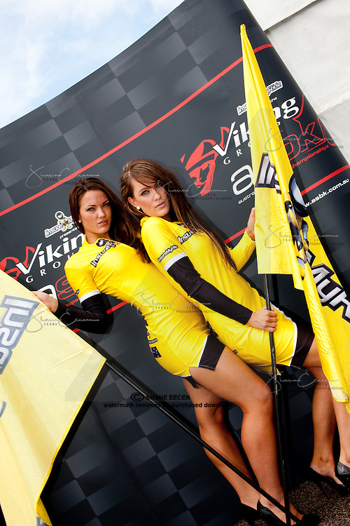 Grid Girls Gemma Izod and Jade Butterworth.Superbikes Darwin Australia. Photo by Shane Eecen. Creativelightstudios.com.au