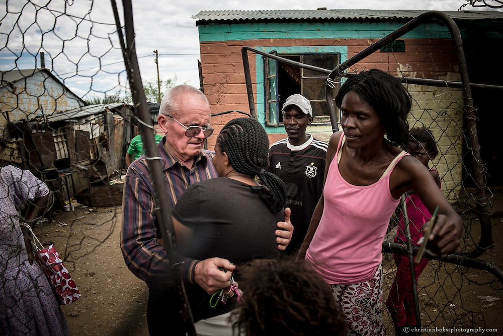 (2013) Father Hermann visits some of the women who used to come to his shelter. Some are just happy to see him, others immediately ask him for some financial support.