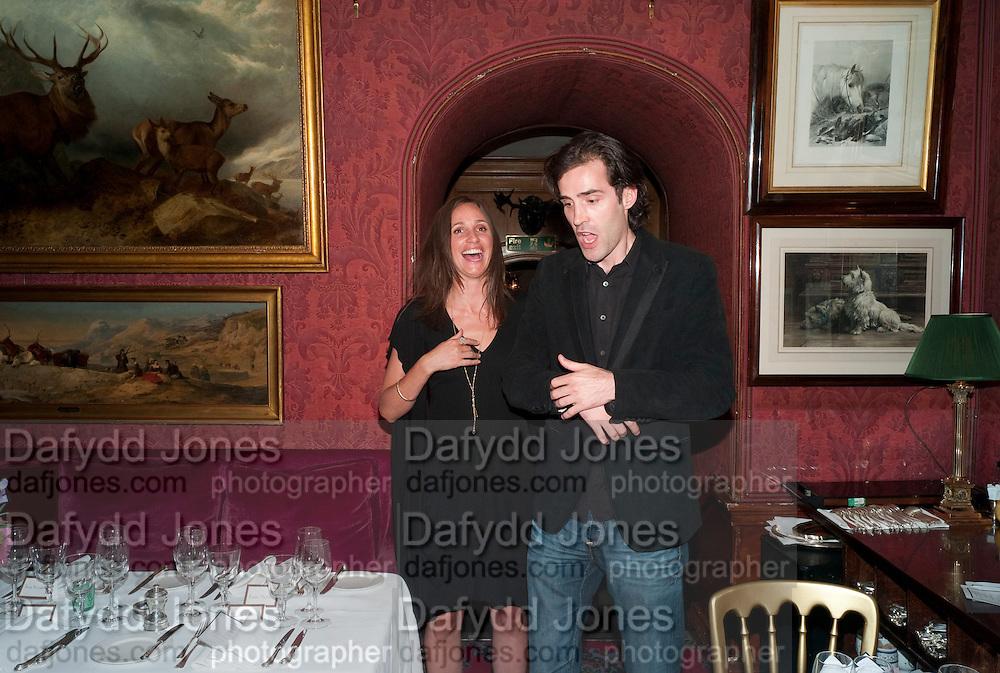 ROSEMARY FERGUSON, Dinner hosted by Elizabeth Saltzman for Mario Testino and Kate Moss. Mark's Club. London. 5 June 2010. -DO NOT ARCHIVE-© Copyright Photograph by Dafydd Jones. 248 Clapham Rd. London SW9 0PZ. Tel 0207 820 0771. www.dafjones.com.