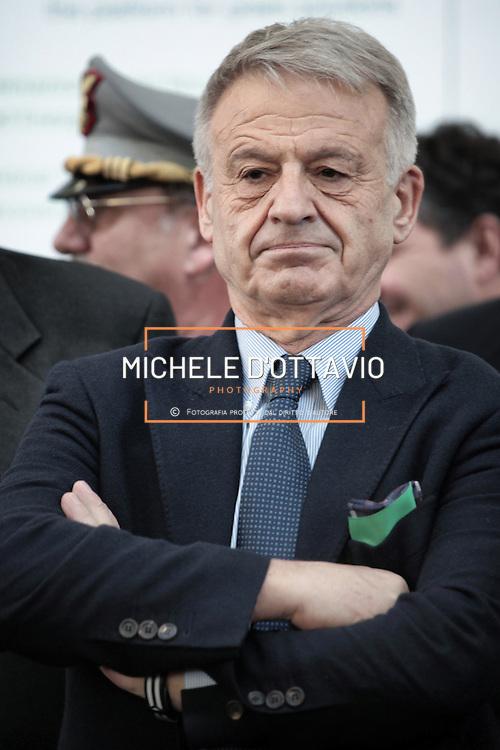 Corrado Clini,  ministro dell'Ambiente e della tutela del territorio e del Mare