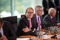 DEU, Deutschland, Germany, Berlin, 06.09.2017: Bundesverkehrsminister Alexander Dobrindt (CSU) vor Beginn der 161. Kabinettsitzung im Bundeskanzleramt.
