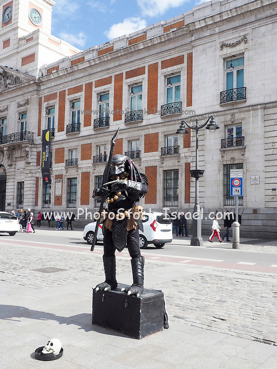 Human statue Street Performer, Madrid, Spain