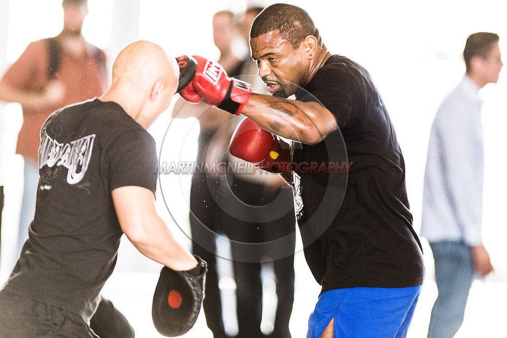 LONG BEACH, CALIFORNIA, OCTOBER 31, 2013: Emanuel Newton works out on the mats ahead inside the Long Beach Convention Center & Arena, California, ahead of their fight at Bellator CVI (© Martin McNeil)