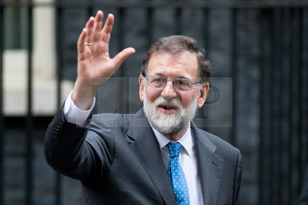 © Licensed to London News Pictures. 05/12/2017. London, UK. Spanish Prime Minister Mariano Rajoy leaves Number 10 Downing Street. Photo credit : Tom Nicholson/LNP