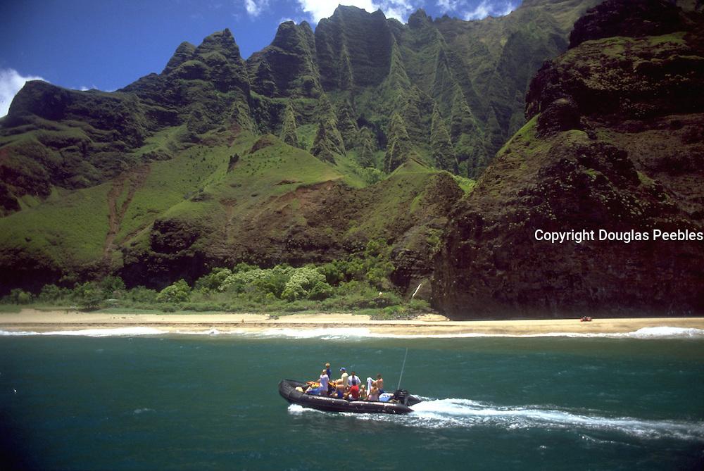 Zodiak, Napali Coast, Kauai, Hawaii, USA<br />