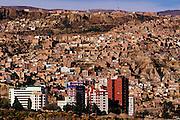 BOLIVIA, LA PAZ new barrios climbing hillsides