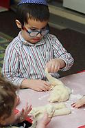 2019 - Chabad - Shabbat Baking in School