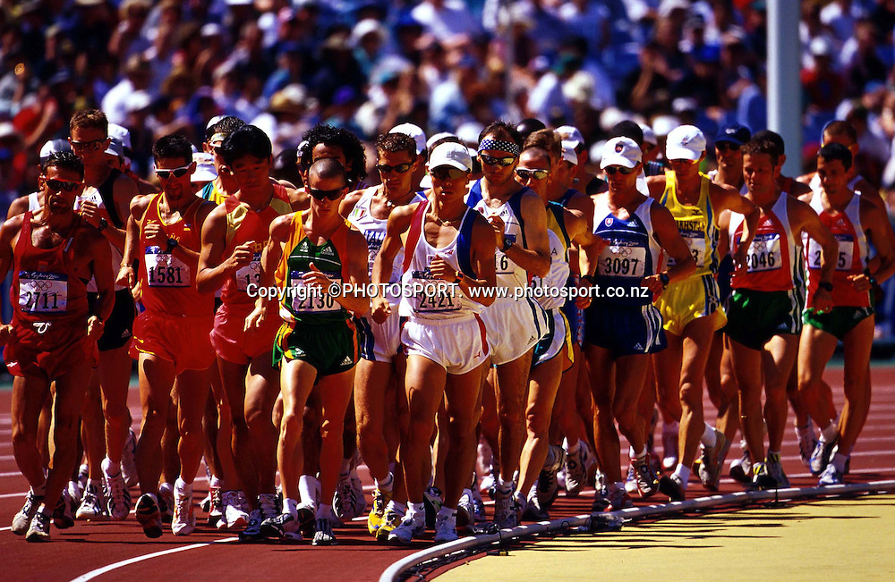 The start of the 20km walk at the Sydney Olympic Games, on September 22 2000. Photo: PHOTOSPORT<br />