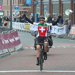 09-04-2016: Wielrennen: Energiewachttour vrouwen: Zuidhorn<br /> Final stage  Energiewachttour women junior won by Suisse rider Lena Mettraux