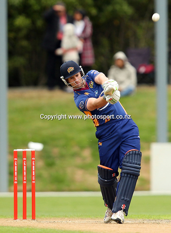 Neil Broom in action for the Volts.<br /> Twenty20 Cricket - HRV Cup, Otago Volts v Central Stags, 18 December 2011, University Oval, Dunedin, New Zealand.<br /> Photo: Rob Jefferies/PHOTOSPORT