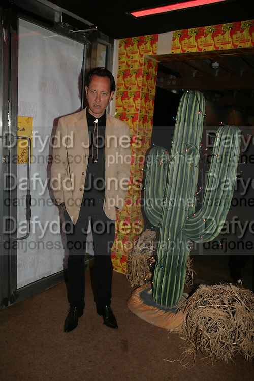 RICHARD E. GRANT, Young Vic fundraising Gala after performance of Vernon God Little. The cut. London. 10 May 2007.  -DO NOT ARCHIVE-© Copyright Photograph by Dafydd Jones. 248 Clapham Rd. London SW9 0PZ. Tel 0207 820 0771. www.dafjones.com.