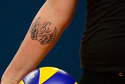 13-10-2013 VOLLEYBAL: SUPERCUP SLIEDRECHT SPORT - VV ALTERNO: ZWOLLE<br /> Tattoo Suus Luttikhuis ter herinnering aan Ingrid Visser<br /> ©2013-FotoHoogendoorn.nl