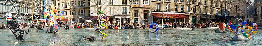 The Stravinsky Fountain, outside the Centre George Pompidou, features work by Jean Tinguely and Niki de Saint-Phalle.
