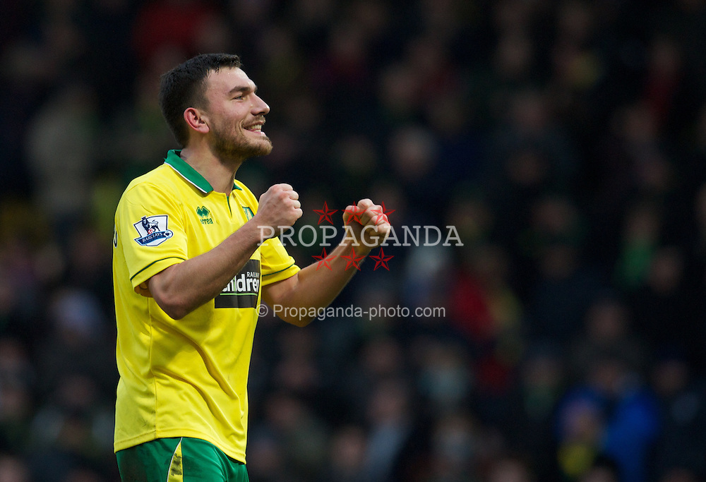 NORWICH, ENGLAND - Saturday, February 23, 2013: Norwich City's Robert Snodgrass celebrates his side's 2-1 victory over Everton during the Premiership match at Carrow Road. (Pic by David Rawcliffe/Propaganda)