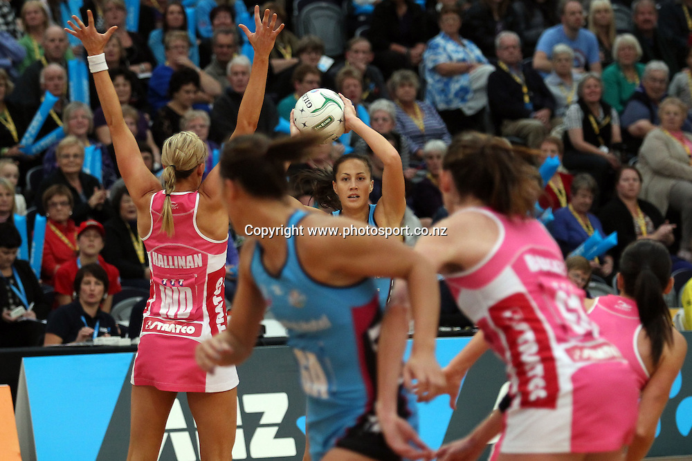 Courtney Tairi of the Steel looks at her options.<br /> ANZ Championship Netball - Southern Steel v Adelaide Thunderbirds, 6 April 2013, Lion Foundation Arena - Edgar Centre, Dunedin, New Zealand.<br /> Photo: Rob Jefferies / photosport.co.nz