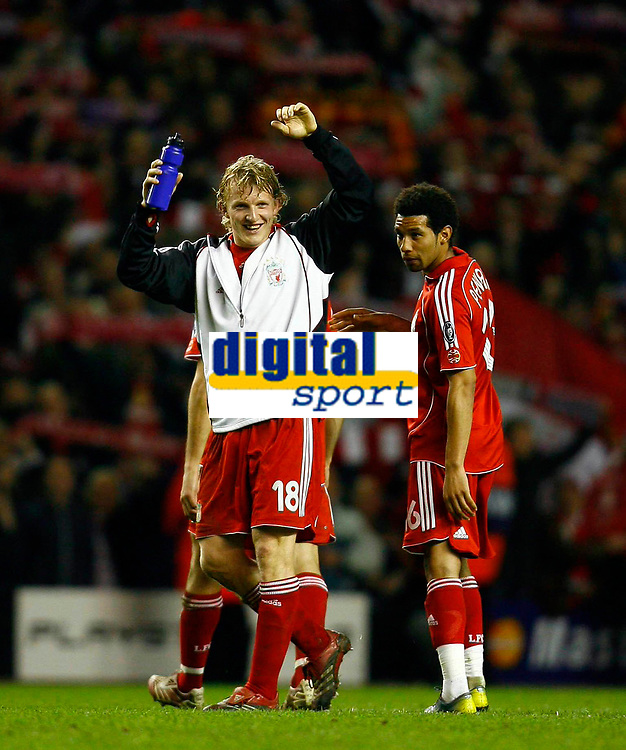 Fotball<br /> Foto: Propaganda/Digitalsport<br /> NORWAY ONLY<br /> <br /> Liverpool, England - Tuesday, March 6, 2007: Liverpool's Dirk Kuyt celebrates victory over FC Barcelona, with his team-mate Jermaine Pennant, during the UEFA Champions League First Knockout Round 2nd Leg at Anfield.