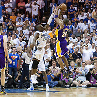 NBA - PLAYOFFS NBA 2008/2009 - LOS ANGELES LAKERS V ORLANDO MAGIC - GAME 3 -  ORLANDO (USA) - 09/06/2009 - .MICKAEL PIETRUS (MAGIC), KOBE BRYANT (LAKERS)