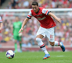 Arsenal's Mesut Ozil - Photo mandatory by-line: Mitchell Gunn/JMP - Tel: Mobile: 07966 386802 22/09/2013 - SPORT - FOOTBALL - Emirates Stadium - London - Arsenal V Stoke City - Barclays Premier League