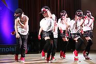 Танцуващи деца - снимки модерни тенци