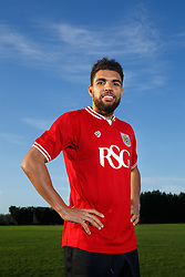 New signing Scott Golbourne poses at the Bristol City training ground after joining the club from Wolverhampton Wanderers - Mandatory byline: Rogan Thomson/JMP - 28/01/2016 - FOOTBALL - Failand Training Ground - Bristol, England - Bristol City New Signings.