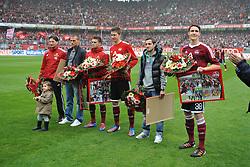 05.05.2012, easyCredit Stadion, Nuernberg, GER, 1. FC Nuernberg vs Bayer 04 Leverkusen, 34. Spieltag, im Bild Vor dem Spiel gegen Bayer 04 Leverkusen wurden der Rehatrainer Andreas Beck (ganz links), sowie die Spieler Christian Eigler (1.FC Nuernberg), Albert Bunjaku (1.FC Nuernberg), Jens Hegeler (1.FC Nuernberg), Juri Judt (1.FC Nuernberg) und Philipp Wollscheid (1.FC Nuernberg) (v.l.n.r.) verabschiedet, die den Verein mit Ablauf der Saison verlassen werden. // during the German Bundesliga Match, 34th Round between 1. FC Nuernberg and Bayer 04 Leverkusen at the easyCredit Stadium, Nuernberg, Germany on 2012/05/05. EXPA Pictures © 2012, PhotoCredit: EXPA/ Eibner/ Matthias Merz..***** ATTENTION - OUT OF GER *****