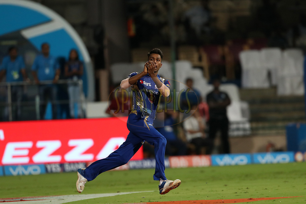 Hardik Pandya of the Mumbai Indians after taking the catch o dismiss Nathan Coulter-Nile of the Kolkata Knight Riders during the 2nd qualifier match of the Vivo 2017 Indian Premier League between the Mumbai Indians and the Kolkata Knight Riders held at the M.Chinnaswamy Stadium in Bangalore, India on the 19th May 2017<br /> <br /> Photo by Ron Gaunt - Sportzpics - IPL