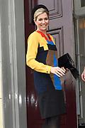 Koningin Maxima is aanwezig bij de uitreiking van de Prix de Rome 2015, de oudste prijs in Nederland voor beeldend kunstenaars onder de 40 jaar. <br /> <br /> Queen Maxima attends the presentation of the Prix de Rome in 2015, the oldest prize in the Netherlands for artists under 40 years.<br /> <br /> Op de foto / On the photo:  Aankomst Koningin Maxima / Arrival Queen Maxima