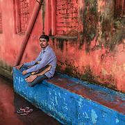 20171029 Kolkata Calcutta Indien<br /> Morgon ritualer vid Ganges eller Hooghly floden<br /> <br /> ----<br /> FOTO : JOACHIM NYWALL KOD 0708840825_1<br /> COPYRIGHT JOACHIM NYWALL<br /> <br /> ***BETALBILD***<br /> Redovisas till <br /> NYWALL MEDIA AB<br /> Strandgatan 30<br /> 461 31 Trollh&auml;ttan<br /> Prislista enl BLF , om inget annat avtalas.