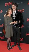 2018, Januari 14. Kinepolis Jaarbeurs, Utrecht. Premiere van de film Vals. Op de foto: Niek Roozen met zijn moeder