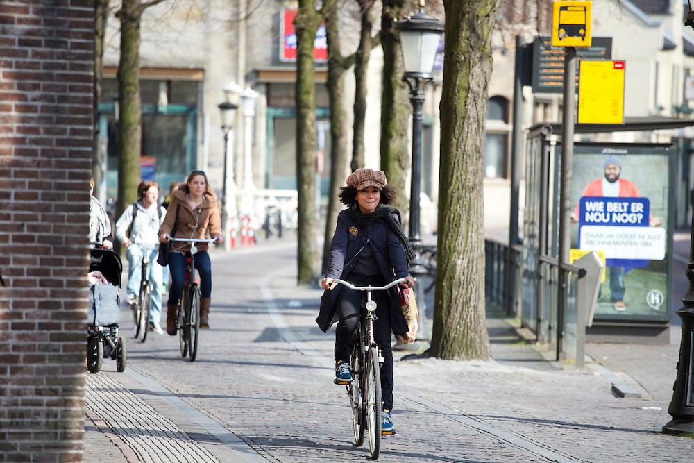 Fietser bij Janskerkhof in Utrecht.<br /> <br /> Cyclist near Janskerkhof in Utrecht.