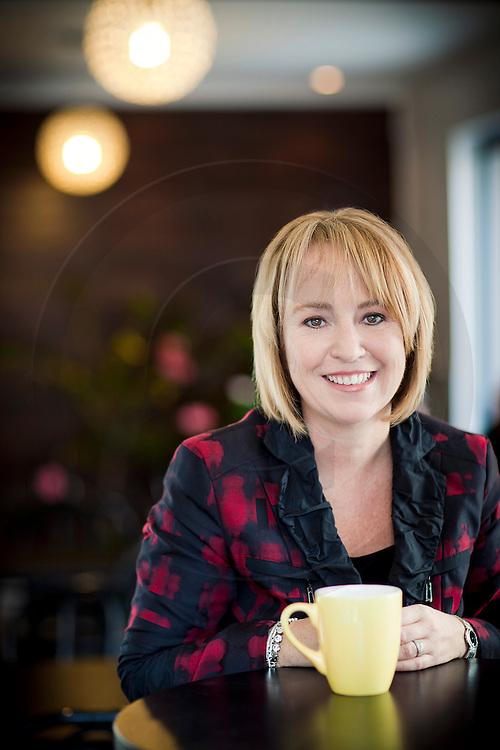 Caroline St Hilaire,  ex-mairesse de Longueil, Portrait éditorial