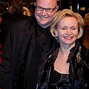 NLD/Amsterdam/20081208 - Premiere Wit Licht, Renee Soutendijk en partner Ted Lenssen