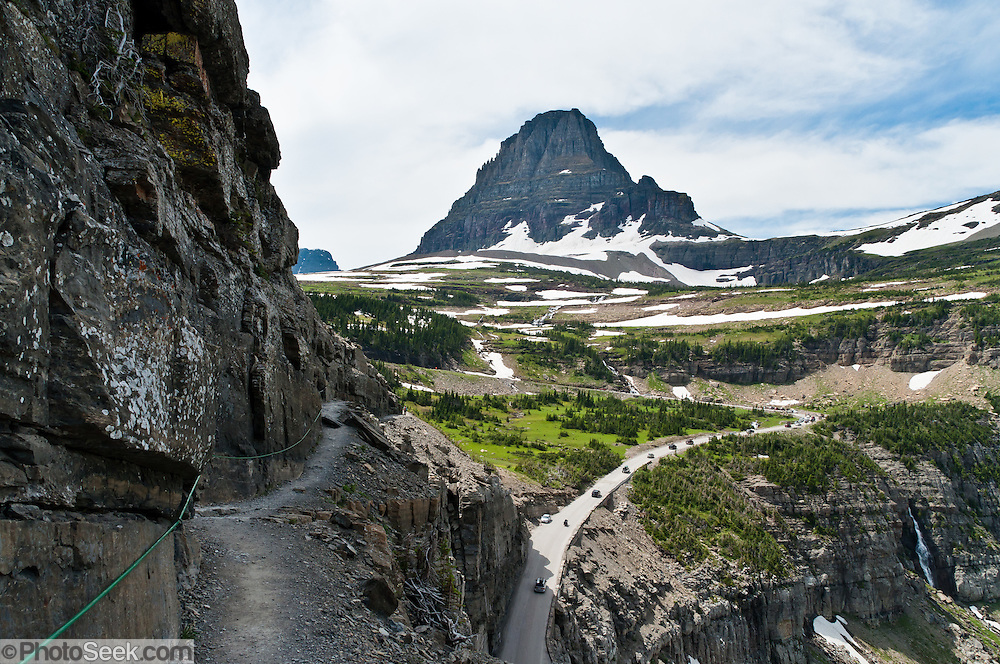 Hike The Garden Wall Trail From Logan Pass In Glacier National Park Montana Usa Starting From