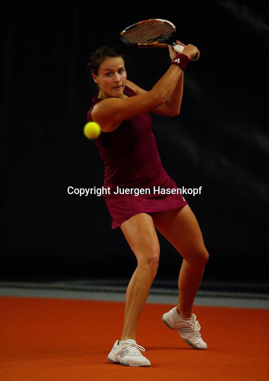 ITF Bueschl  Open 2010, ITF Women's Circuits Damen Hallen Tennis Turnier in Ismaning,.Tatjana Malek (GER)